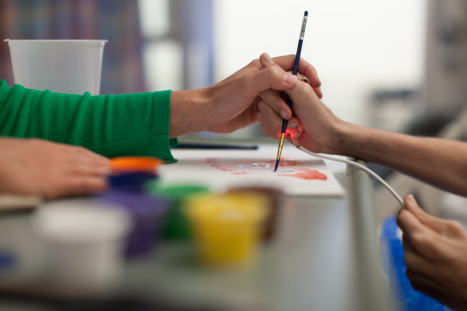 arts therapies arts in medicine shands healthcare shands
